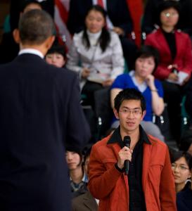 a20091124a-8im1-obamacensoredinchina